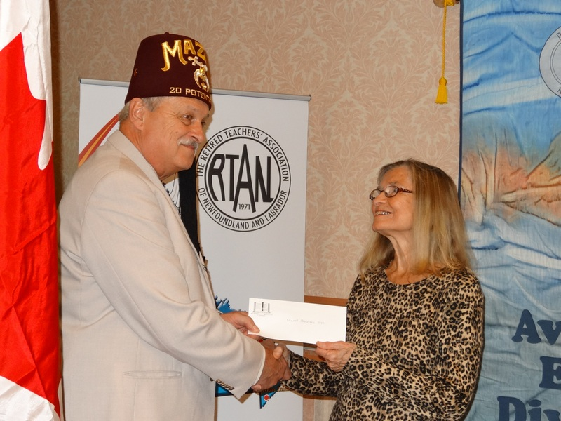 102-elmerrysak-accepts-donation-for-shriners-from-roberta-pafford